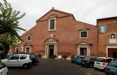 Fasada bazyliki San Pancrazio