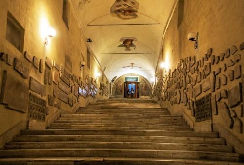 Sant'Agnese fuori le mura, dawne zejście do katakumb, obecnie wyjście z kościoła Sant'Agnese do kościoła Santa Constanza