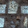 Santa Sabina, pozostałości antycznych elementów dawnego antycznego domostwa w portyku kościoła