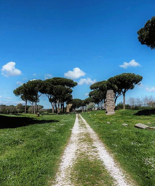 Starożytna via Latina, obecnie w Parco delle Tombe di via Latina