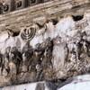 Rabunek świątyni jerozolimskiej, relief na łuku triumfalnym cesarza Tytusa, Forum Romanum