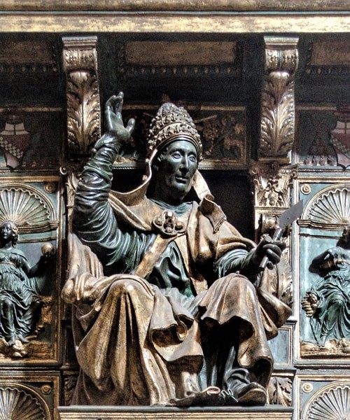 Tombstone of Pope Innocent VIII, upper part, Basilica of San Pietro in Vaticano