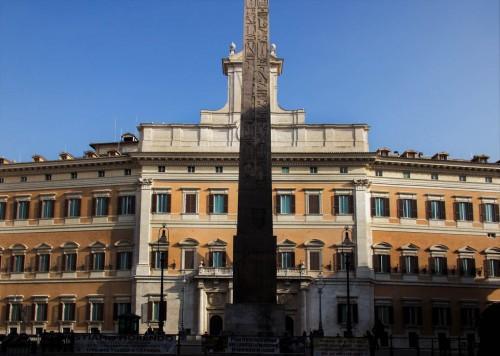 Palazzo Montecitorio na Piazza di Monte Citorio