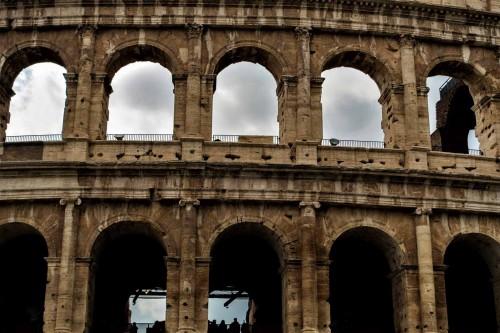 Koloseum, fragment elewacji po oczyszczeniu w 2015 r.
