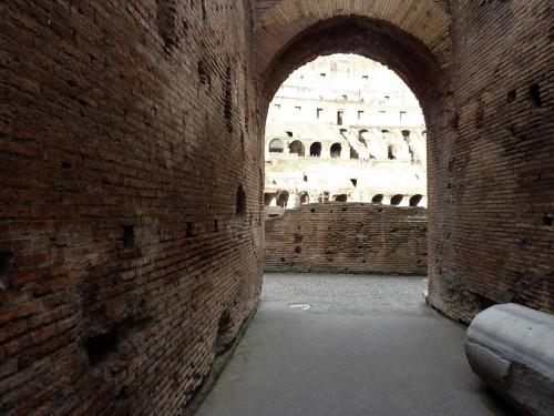 Koloseum, jedno z wejść na trybuny