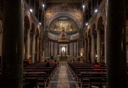 Sant'Agnese fuori le mura, widok na absydę z VII w.