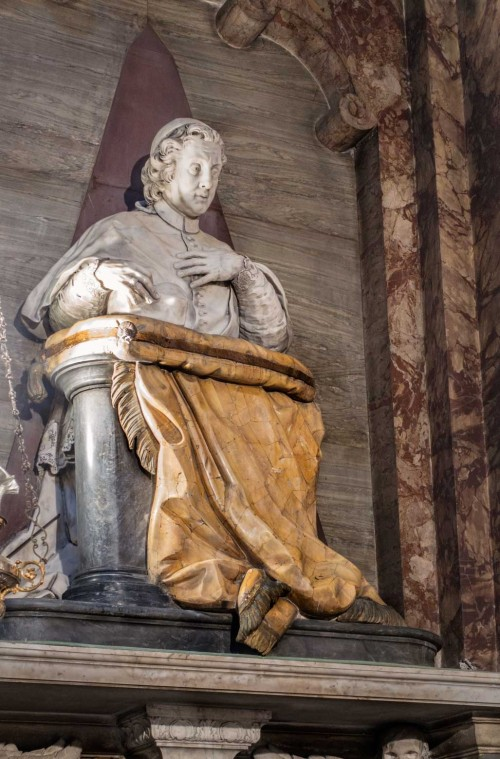Sant'Andrea delle Fratte, pomnik nagrobny kardynała Piera Luigiego Carafy, kaplica San Francesco di Sales, Pietro Bracci