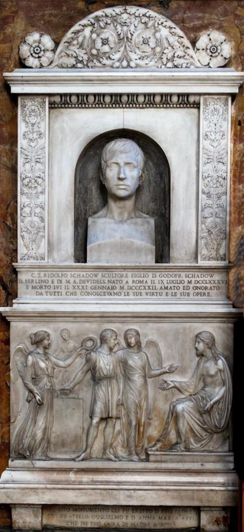 Sant'Andrea delle Fratte, pomnik nagrobny upamiętniający niemieckiego rzeźbiarza Rudolfa Schadowa