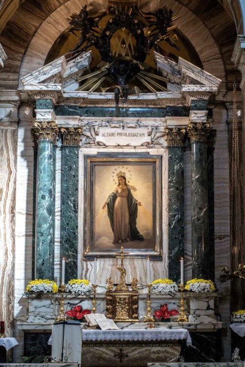 Basilica of Sant'Andrea delle Fratte, view of the altar with the painting of the Miraculous Virgin Mary