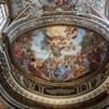 Sant'Andrea delle Fratte, zwieńczenie absydy ze sceną cudu nakarmienia pięciu tysięcy ludzi przez Chrystusa, Andrea .P. Marini