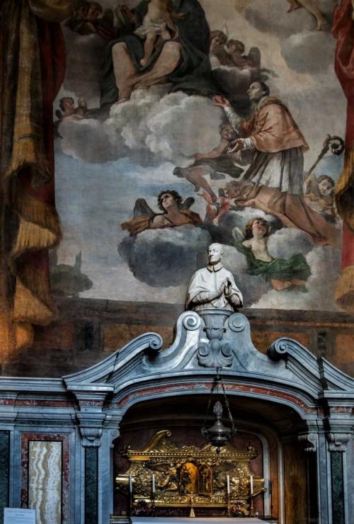 San Carlo al Corso, obejście kościoła, kaplica z relikwiarzem  św. Karola Boromeusza