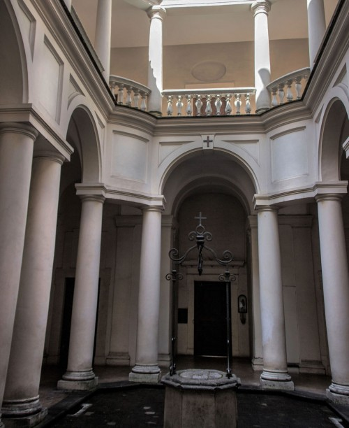 Church of San Carlo alle Quattro Fontane, monastery courtyard, Francesco Borromini