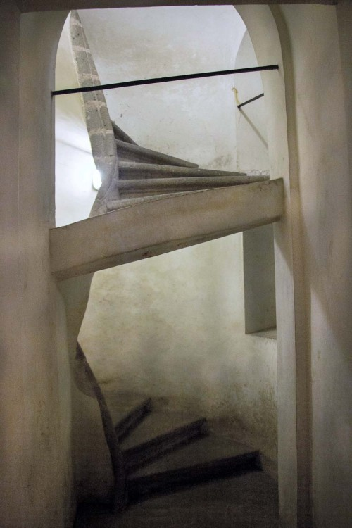 Church of San Carlo alle Quattro Fontane, stairs leading to the crypt, Francesco Borromini