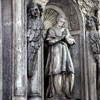 San Carlo alle Quattro Fontane, detal fasady - św. Karol Boromeusz