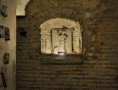 Underground of the Basilica of Santa Cecilia, relief depicting Minerva – guardian of the home