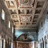 Wnętrze bazyliki Santa Maria in Domnica obudowanego przez Leona X (zanim został papieżem)