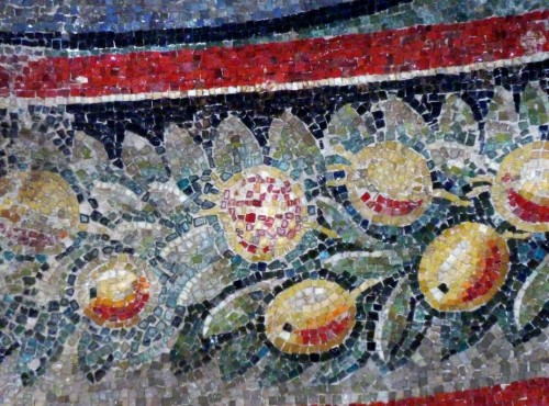 Church of Santa Constanza, Christian mosaics, fragment of the garland adorning one of the church niches