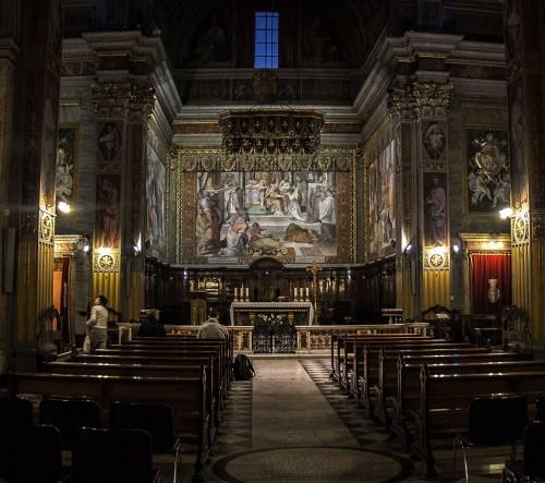 San Girolamo dei Croati, wnętrze z widokiem na chór