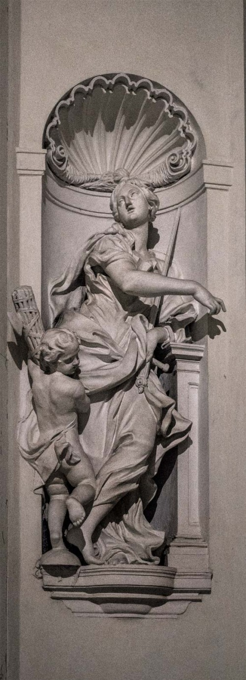 Sant'Ignazio, alegoria Sprawiedliwości (Giustizia), Camillo Rusconi, kaplica Ludovisi