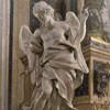 Sant'Ignazio, anioł flankujący ołtarz św. Jana Berchmansa, Pietro Bracci, lewy transept kościoła