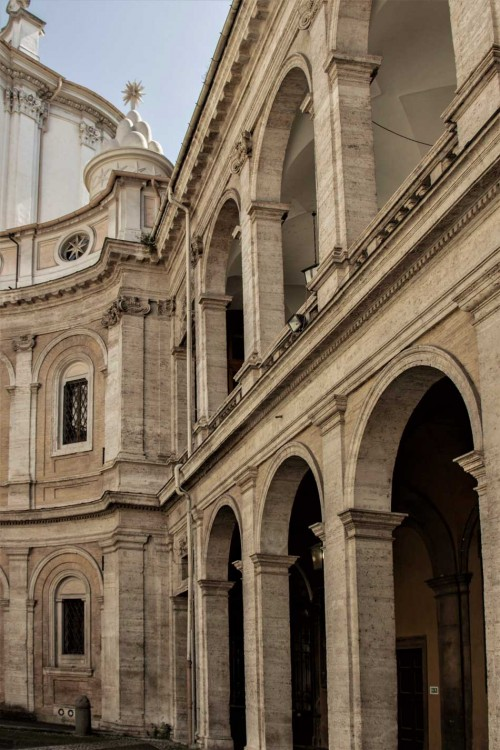 Church of Sant'Ivo alla Sapienza, arcades surrounding the church from the complex of the old La Sapienza University