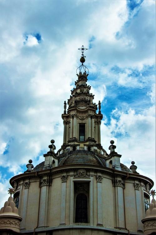 Sant'Ivo alla Sapienza, kopuła z latarnią