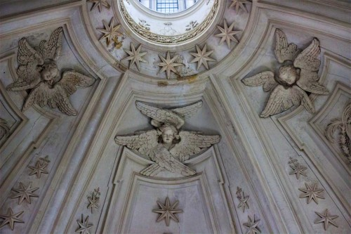 Church of Sant'Ivo alla Sapienza, seraphs in the church dome