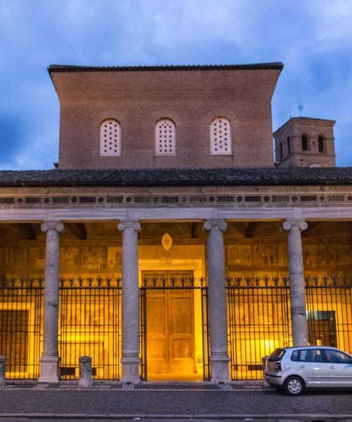 San Lorenzo fuori le mura, fasada