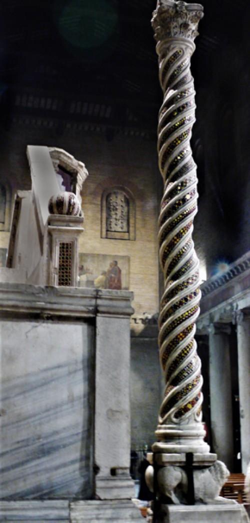 San Lorenzo fuori le mura, kandelabr na paschał