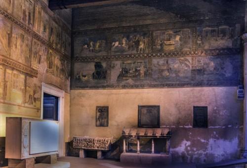 San Lorenzo fuori le mura, przedsionek kościoła z malowidłami ukazującymi świętych Wawrzyńca i Szczepana