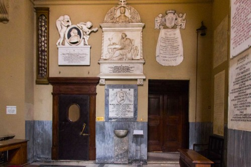 Basilica of San Lorenzo in Lucina, tombstones in the right transept of the church