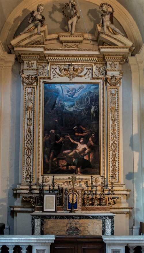 Church of San Lorenzo in Miranda, side altar with the painting The Martyrdom of St. Lawrence, unknown painter