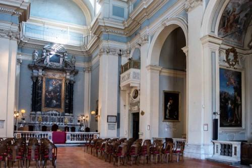 View of the interior of the Church of San Lorenzo in Miranda