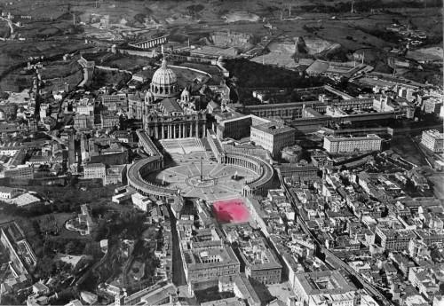Widok Borgo przed 1922 rokiem, na różowo zaznaczona Piazza Rusticucci, zdj. Wikipedia