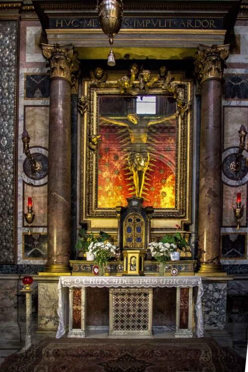 San Marcello, kaplica Krzyża z krucyfiksem słynącym cudami