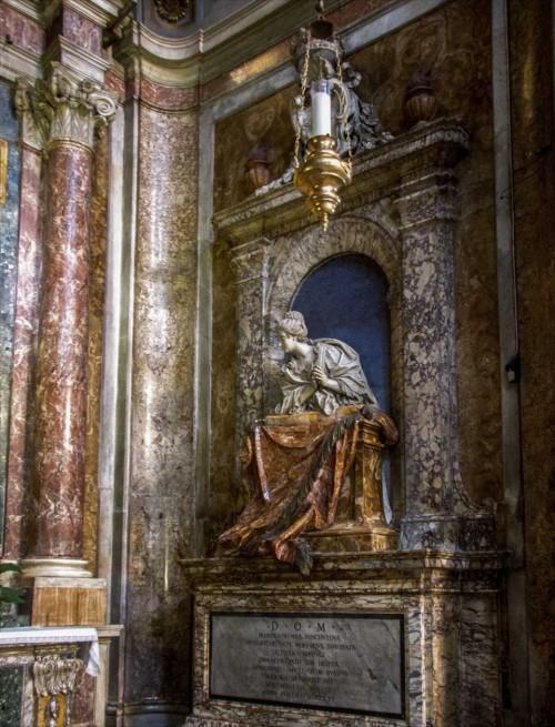 Church of San Marcello, Muti family chapel, tombstone of Maria Colomba Vicentini