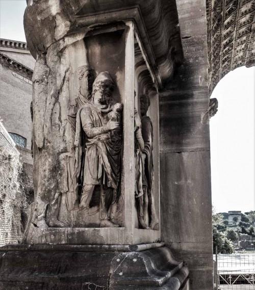 Łuk triumfalny cesarza Septymiusza Sewera, cokół z przedstawieniem niewolnika