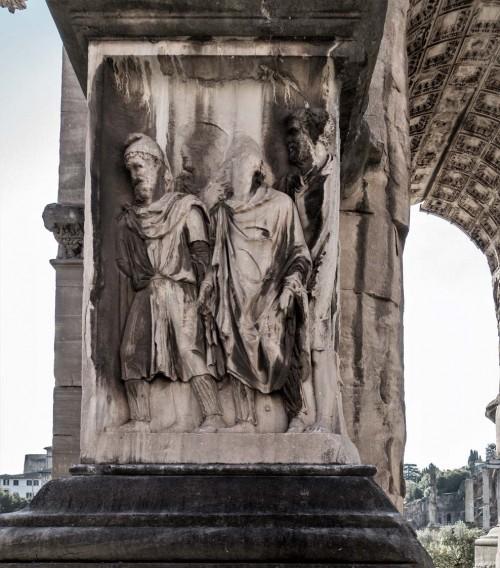 Łuk triumfalny cesarza Septymiusza Sewera, jeden z cokołów z wizerunkami niewolników