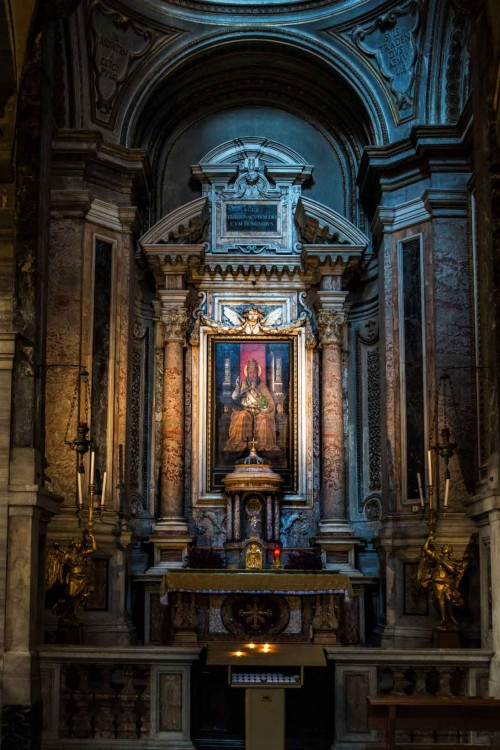 San Marco, kaplica św. Marka z obrazem Mezzolo da Forli ukazującym św. Marka papieża