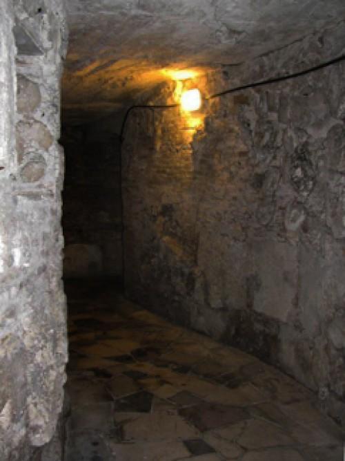 San Marco, podziemny korytarz pod konfesją