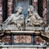 Santissimi Nomi di Gesù e Maria, figury nagrobkowe Ercole i Luigiego Bolognettich, Francesco Aprile