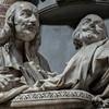 Santissimi nomi di Gesù e Maria, pomnik nagrobny Pietra i Francesca Bolognettich, fragment