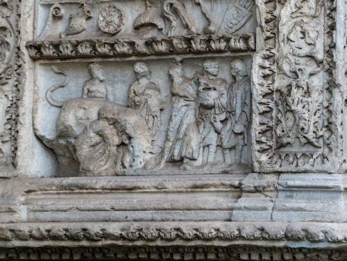 Arch of the Silversmiths  (Arco degli Argentari), relief depicting a scene of making animal sacrifices