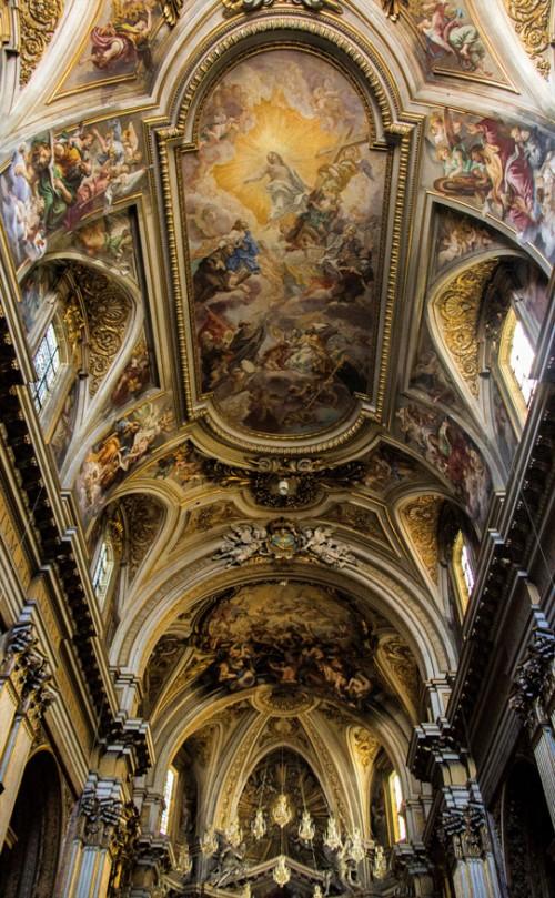 Baciccio, malowidło na stropie kościoła Santi Apostoli