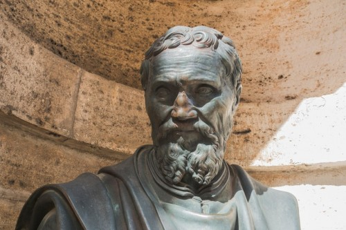 Bust commemorating the designer of the dome of the Basilica of San Pietro in Vaticano