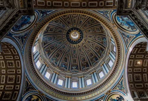 Michelangelo, interior of the dome of the Basilica of San Pietro in Vaticano, completed by Giacomo della Porta