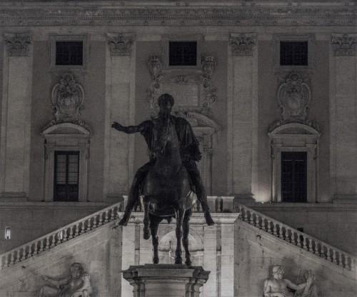 Posąg konny cesarza Marka Aureliusza, kopia, plac kapitoliński