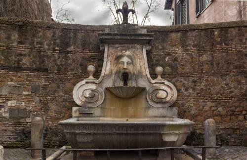 Giacomo della Porta, fontanna przy via Giulia