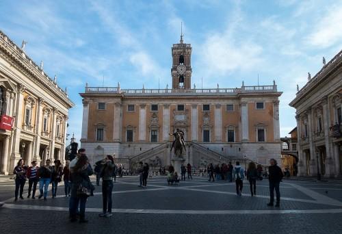 Giacomo della Porta, realizacja projektu placu kapitolińskiego według projektu Michała Anioła