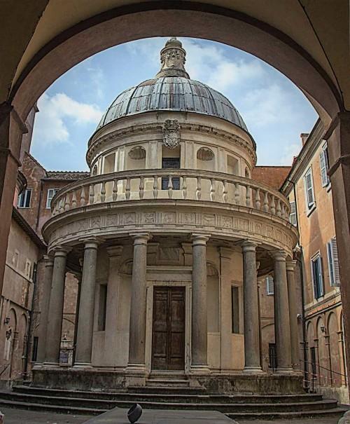 Donato Bramante, kaplica Męczeństwa św. Piotra (Tempietto) na dziedzińcu kościoła San Pietro in Montorio
